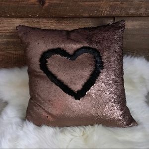 Other - Sequin pillow bronze/black (like new!)